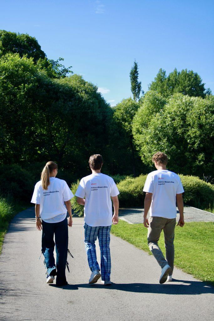 Our interns walking towards Forskningsparken